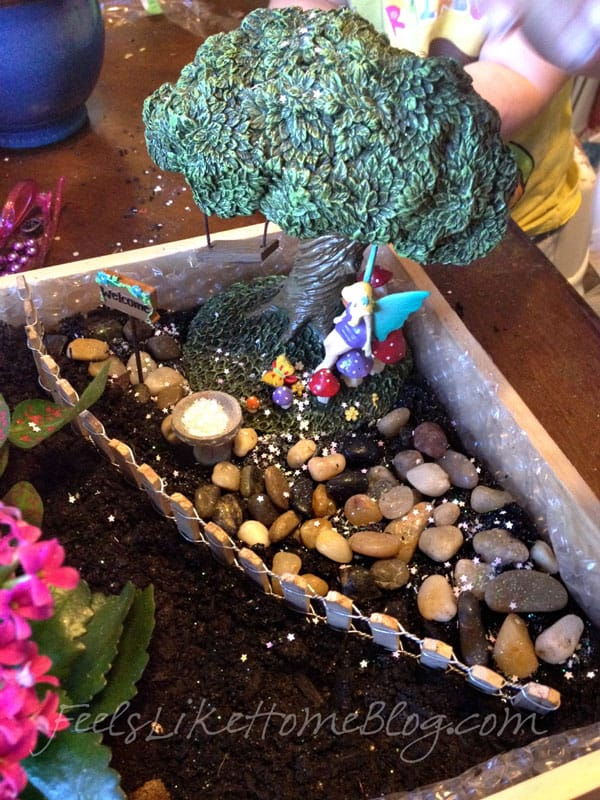 How to Make a Fairy Garden