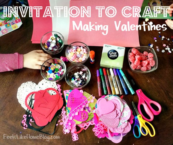 Invitation to craft - This process oriented arts and crafts activity is great for toddlers, preschoolers, kindergarten, or older kids. Children love open-ended activities where they use their own creativity and imagination. Awesome Valentine's Day craft!