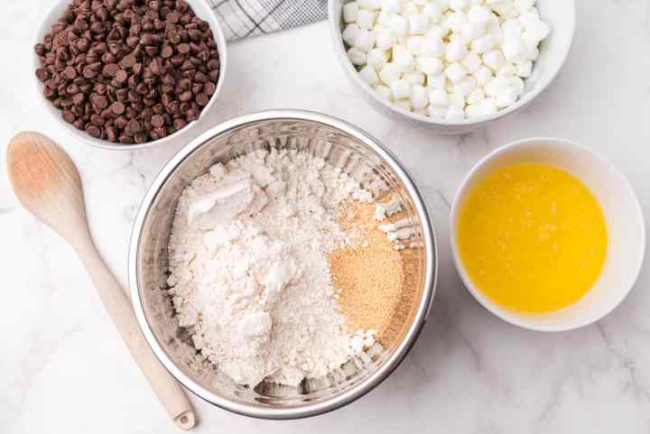 mix the cookie mix with the graham cracker crumbs