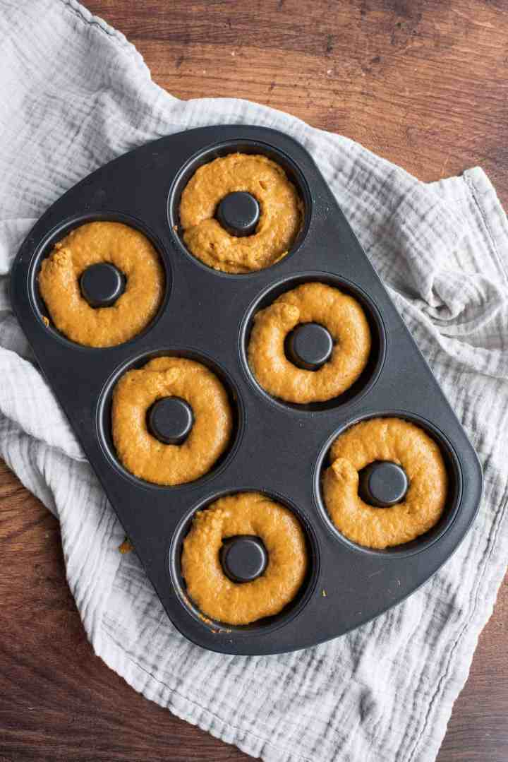 pumpkin spice donuts ready to bake
