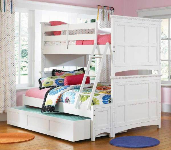Teen Girl Bedroom with Bunk Beds