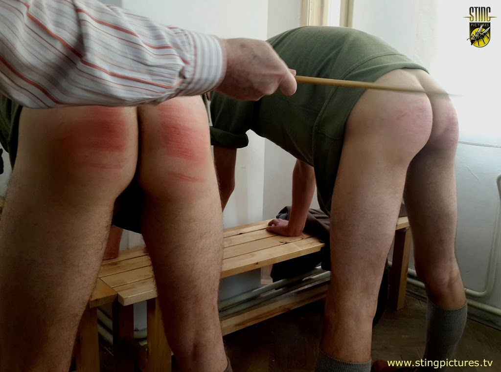 spank-very-young-boy