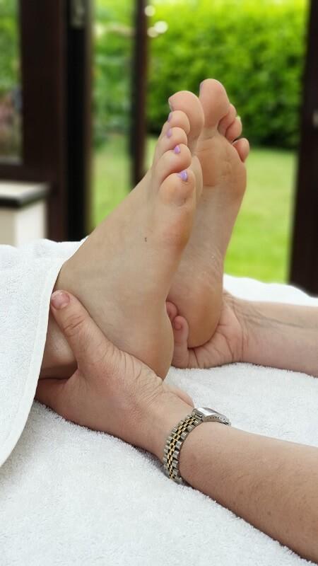 reflexology-treatment-feet-first-reflexology-bluntisham