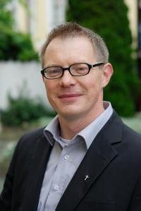 Dr. Peter Artmann