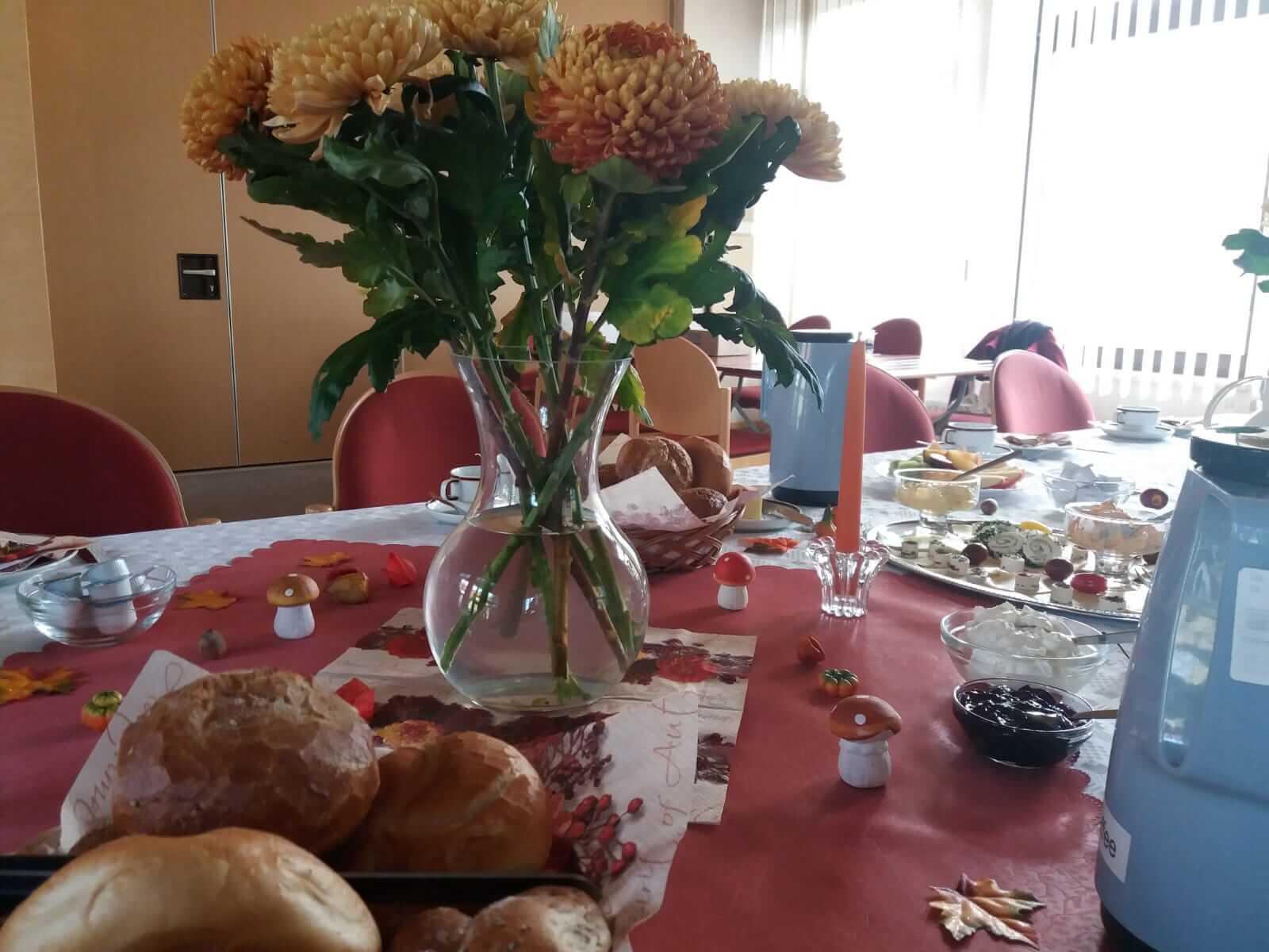 Zu Tisch