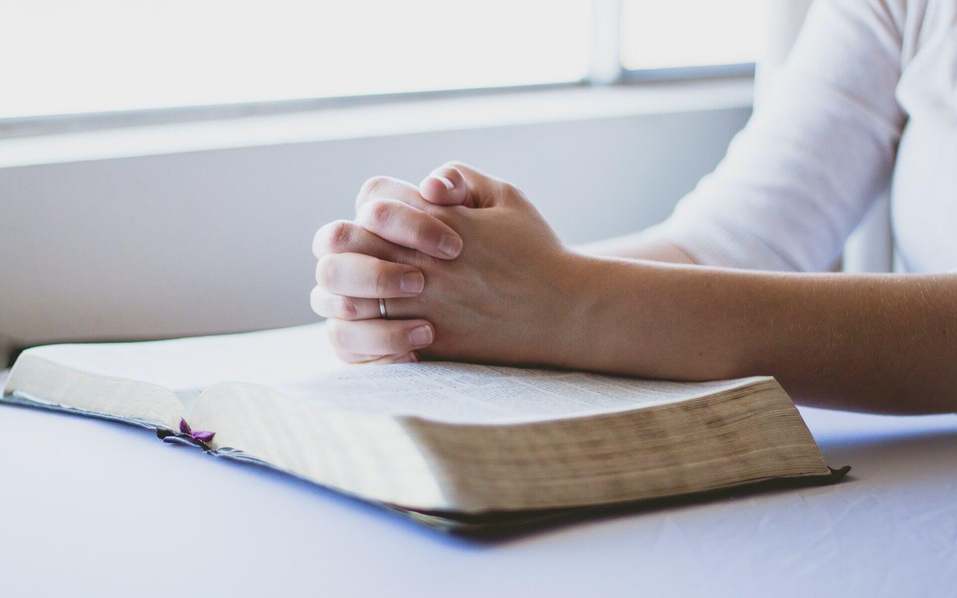 Das Gespräch mit Gott – vom Beten (c) Pixabay