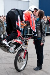 stuntshow-mike-auffenberg-20090314-0002