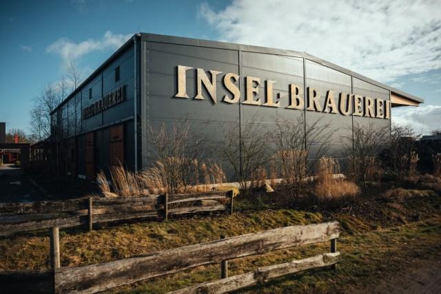 Insel-Brauerei draußen