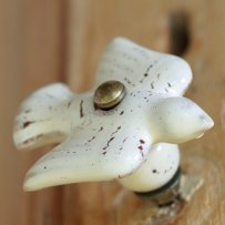 Talia Dove cabinet knob £5.00 - Willow & Stone