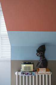 Lulworth Blue® No.89, Red Earth™ No.64 & Mouse's Back® No.40 Modern Emulsion. All Farrow & Ball.