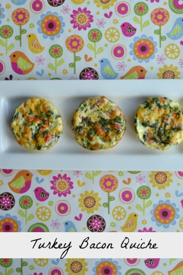 Easy Turkey Bacon Quiche recipe (no crust!)  Just use muffin tins to make these easy breakfasts for busy mornings!