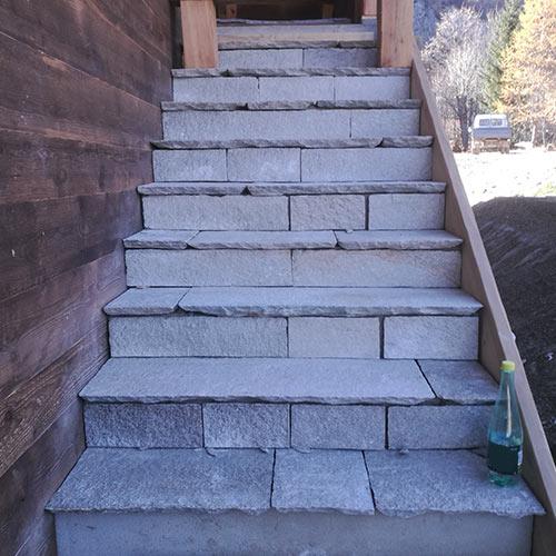 Habillage D Escalier En Beton En Savoie