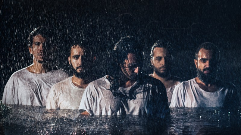 As várias frequências e estilos do rock alternativo da banda Radio Front
