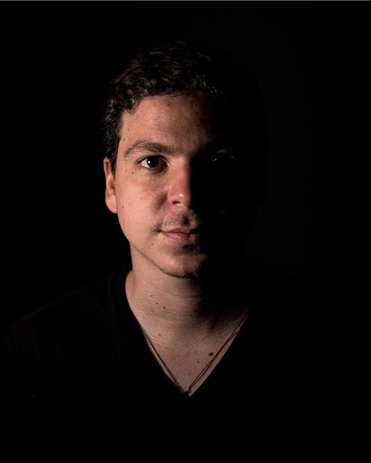 Dino Teixeira fala sobre o consumo de música e de como se manter relevante durante à pandemia