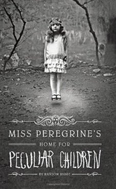 Ransom Riggs - Miss Peregrine's Home for Peculiar Children