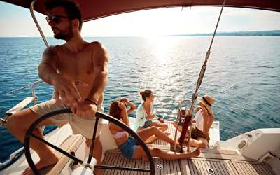 Belize Private Yacht Charter: A Family Vacation They'll Never Forget!