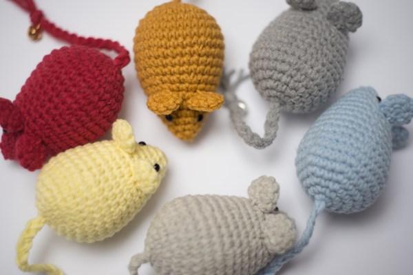 zabawka dla kota myszka