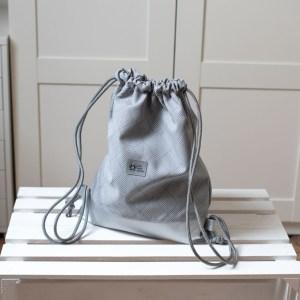 Srebrny plecak worek wodoodporny