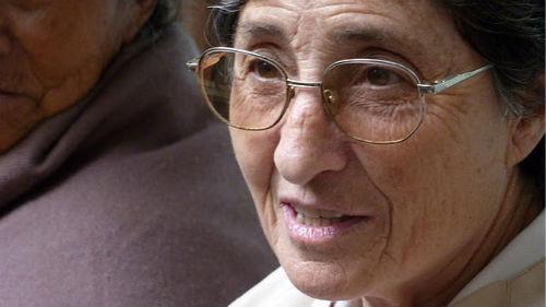 De la misión en tierras lejanas a la misión en la familia (Testimonio de sor Adelina Gurpegui).