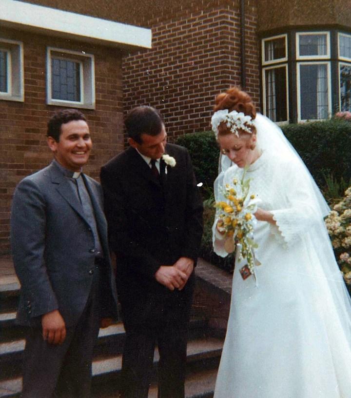 Una boda en la parroquia