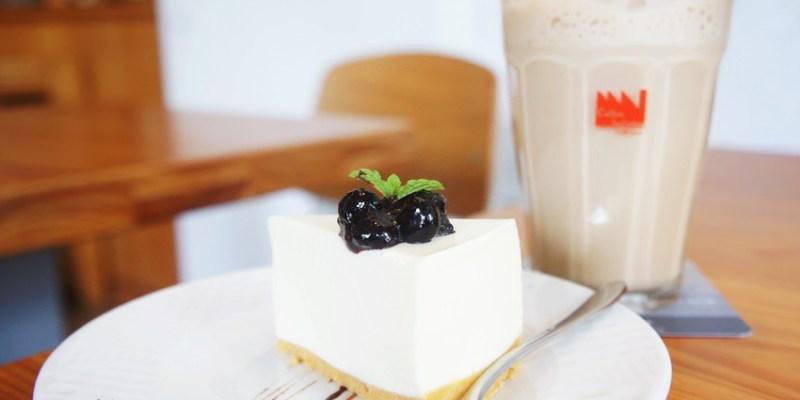 西區早午餐|Café Sora/Coffee Industry~台中教育大學旁的輕食咖啡館 附免費wifi