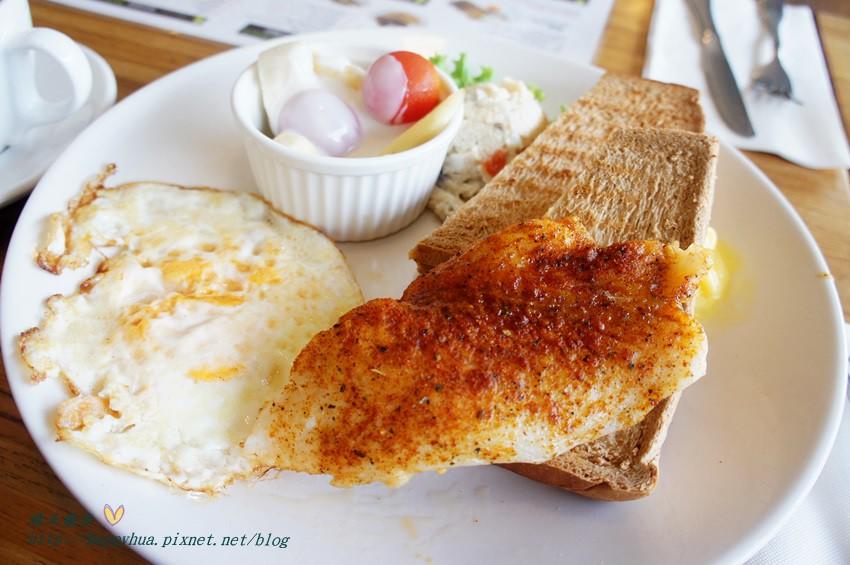 西區早午餐 摩卡珍思Mocha Jane's~尼克咖啡系列 國美館正對面 七點起全天候營業 西區早午餐