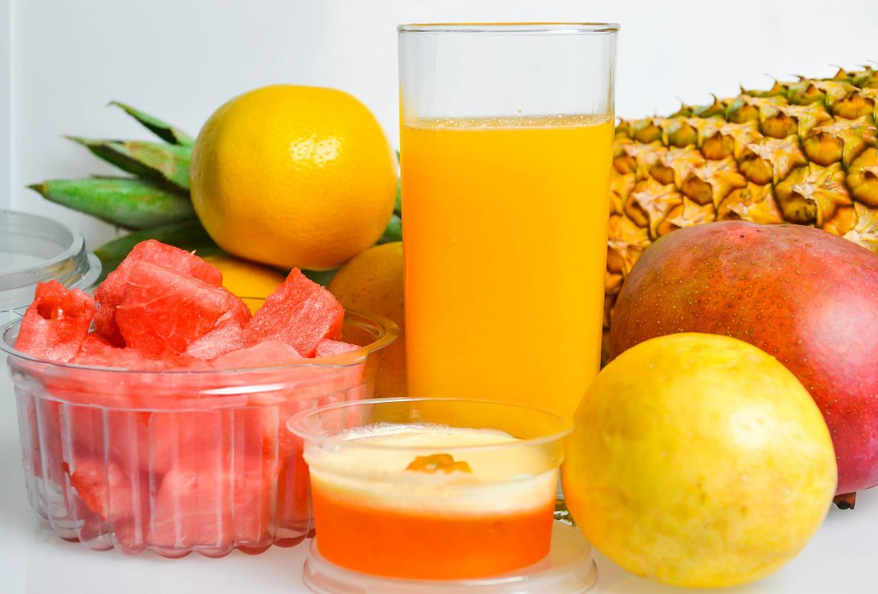 sucos refrescantes e detox