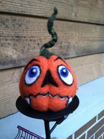 52-FeltPumpkin4