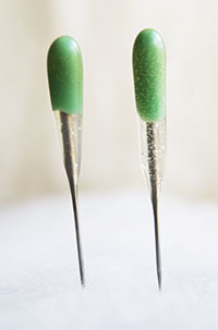 GREEN Reverse SINGLE Point Felting Needles - 2 PACK