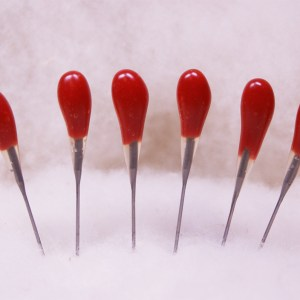 Red Multi-Purpose 42 star Felting Needles 6 Pack