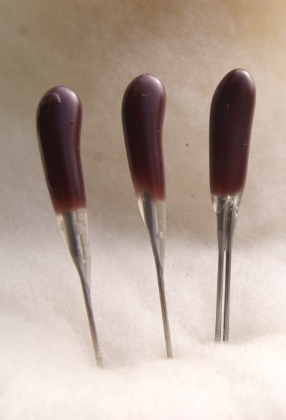 Purple Twist Blade Felting Needles Combo Pack includes two single point and one double point