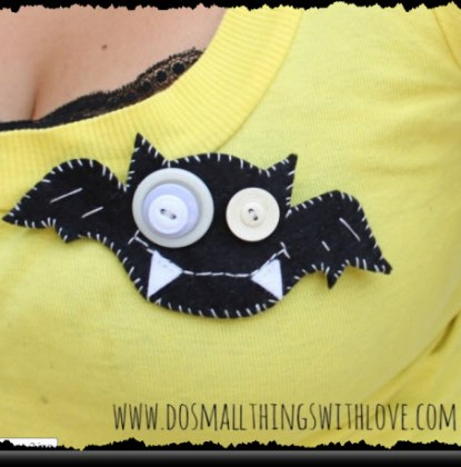 Felt Bat Halloween Brooch