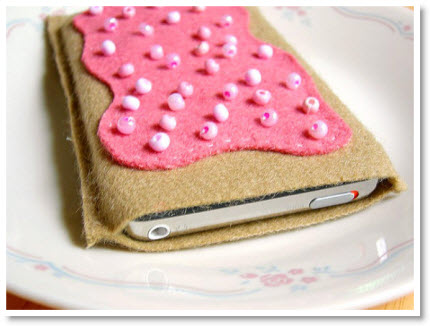 Toaster Pastry iPod Cozy Tutorial