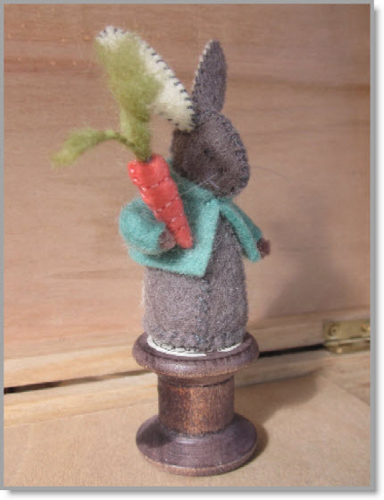 COTTON REEL Rabbit