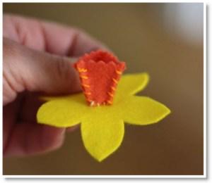 Daffodil corsage1