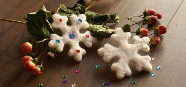 Simple Needle Felted Snowflake Ornaments Felting