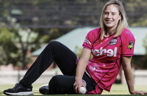 Ellyse Perry for Sydney Sixers