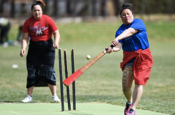 Samoan Kilikiti cricket played at the Papatoetoe Recreation Ground in Auckland CREDIT: ANDREW CORNAGA