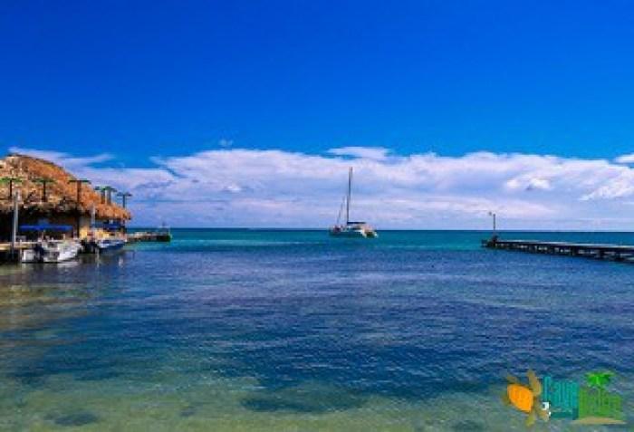 Belize Sailing Vacations Catamaran and Palapa Bar