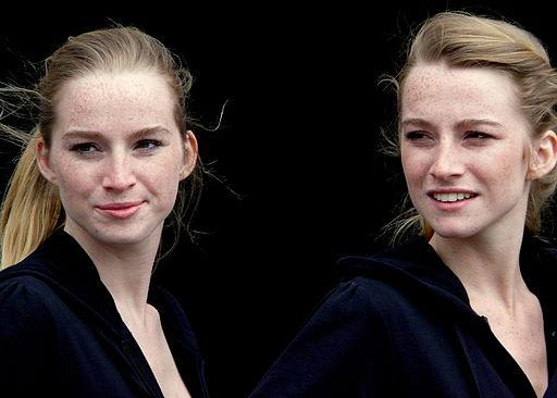 Beauty Blonde_Twins