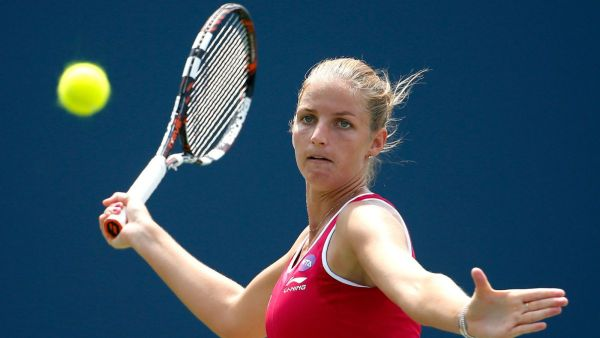 fciwomenswrestling.com article, foxsports.com photo