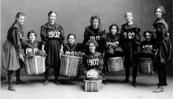 girls girl student basketball sports wiki gymnastic gym Smith-College-Class-1902-basketball-team