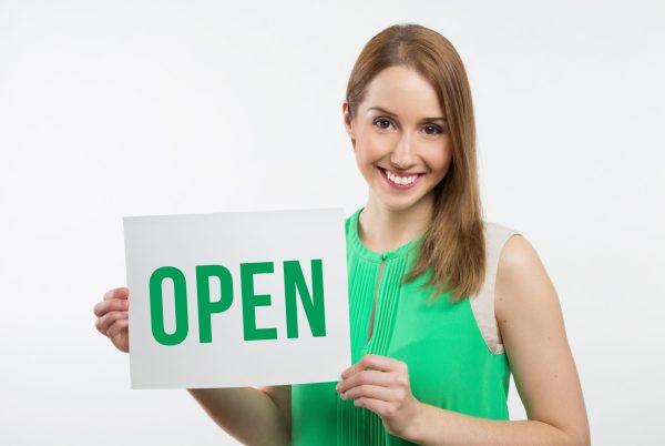 business-model-woman-message-news-store-girl-san-francisco-grappling-stars-model