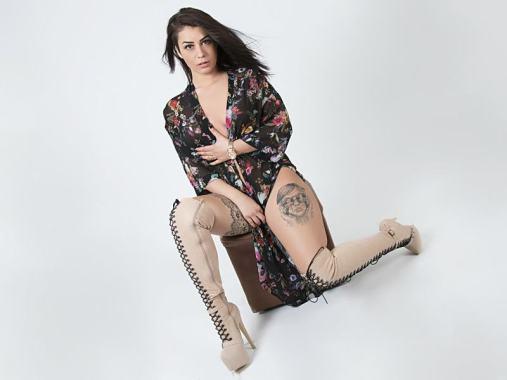 hot cam girl tatoo, live sex tatoo cams