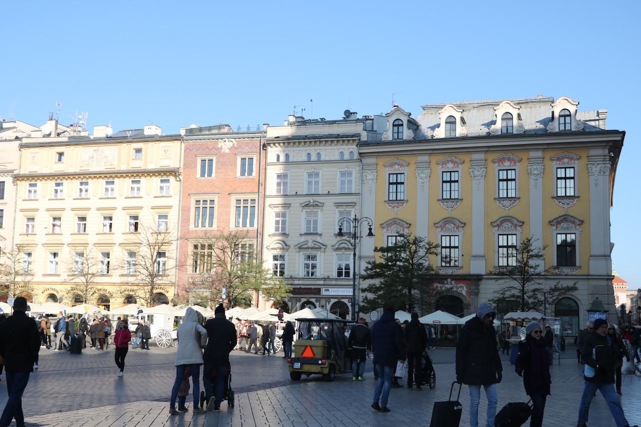 Intalnire femeie Cracovia)