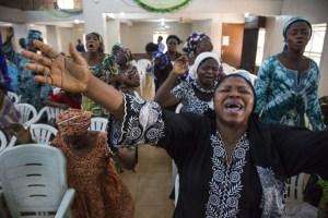 Nigerian women praying