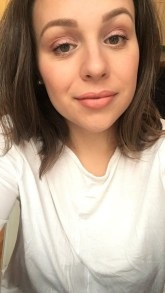 Sophie is in her third year studying finance in Montreal. When she isn't studying, Sophie loves to travel, practice makeup, listen to podcasts, cook, learn about nutrition and find delicious restaurants. Her life long dream is to have a dog.