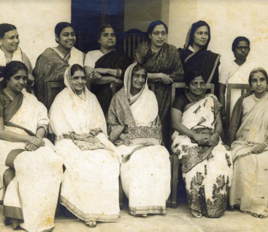 These Are The 15 Women Who Helped Draft The Indian Constitution/इन 15 महिलाओं ने भारतीय संविधान बनाने में दिया था अपना योगदान