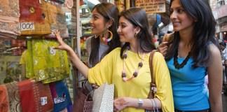 महिलाओं पर बाज़ार की दोहरी मार