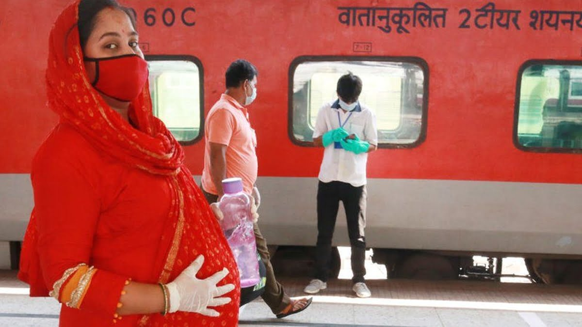 Studies Indicate Mothers-To-Be Face A Grim Future In Post-COVID India